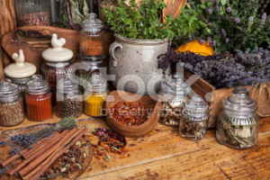stock-photo-48066992-herbs-and-spice